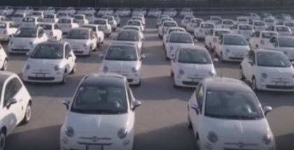 World Record 1495 Fiat 500 Cars Handed Over In Less Than 48 Hours