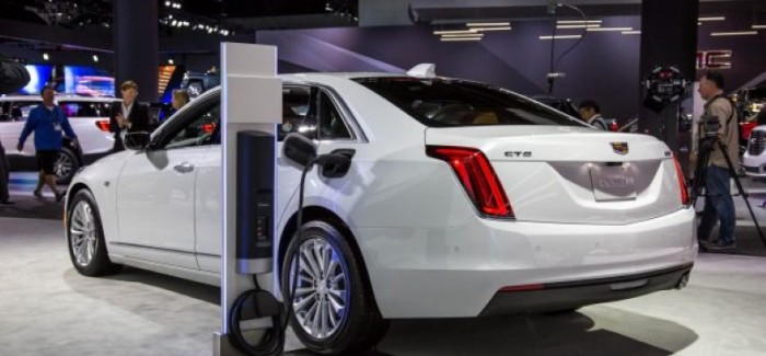2018 Cadillac Ct6 Plug In Explained Video