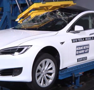 Crushing A Tesla Model S P100D  (2)