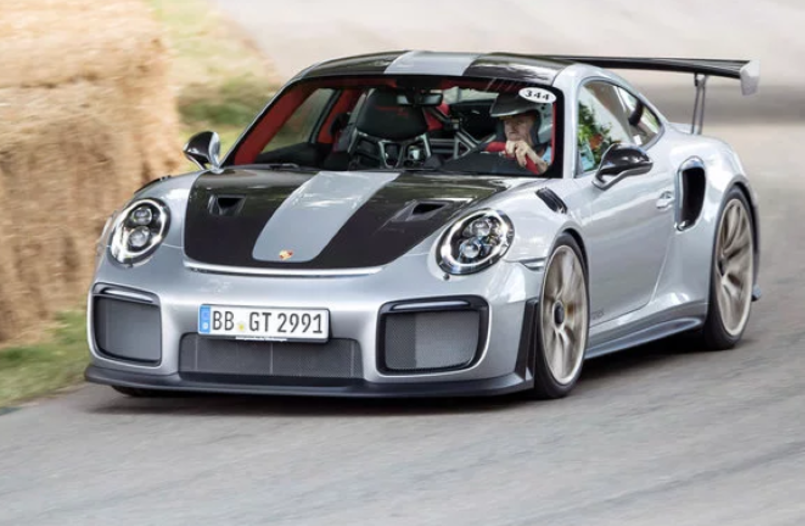 walter r hrl driving up the goodwood hillclimb with porsche 911 gt2 rs video dpccars. Black Bedroom Furniture Sets. Home Design Ideas