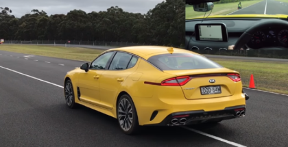 2018 Kia Stinger Drag Racing (1)