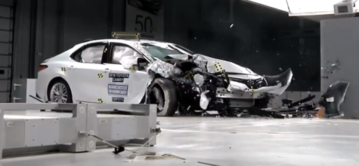 2018 Toyota Camry Crash Test & Rating – Video
