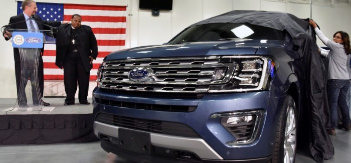 Houston Pastor Gets A Free New 2018 Ford Expedition – Video