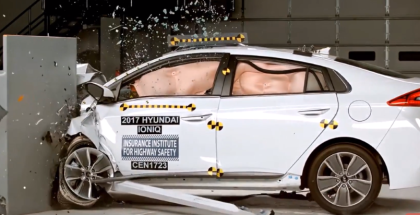 2017 Hyundai Ioniq Hybrid Crash Test & Rating