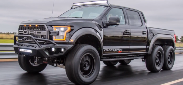 Hennessey VelociRaptor 6×6 vs Mercedes G63 AMG 6×6 – Video