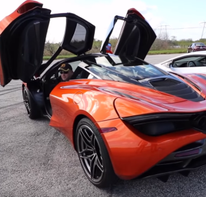 McLaren 720S vs 900 HP Twin Turbo and VF Supercharged Lamborghini Huracans (2)