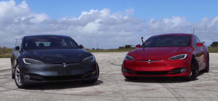 Tesla P100D vs 100D Drag Racing – Video