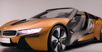 2019 BMW i8 Roadster vs BMW i Vision Future Interaction Car  (1)
