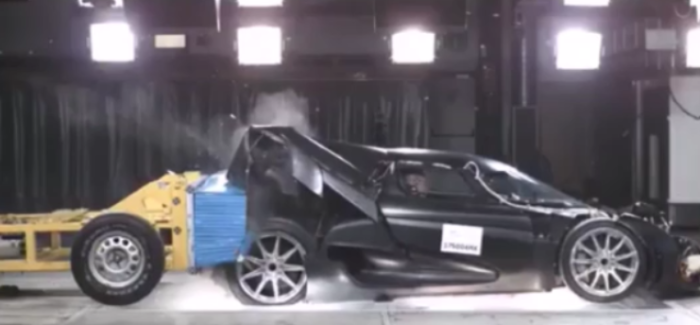 Koenigsegg Regera Crash Test – Video