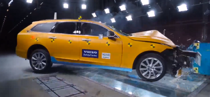 2018 Volvo V90 Crash Test