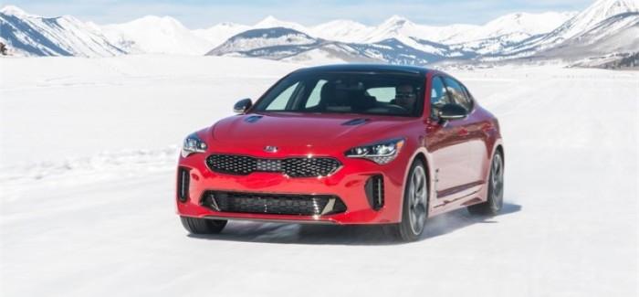 2018 Kia Stinger & 2019 Kia Sorento Snow Driving – Video