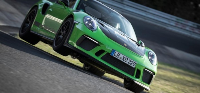 2018 Porsche 911 GT3 RS Nurburgring lap Time – Video