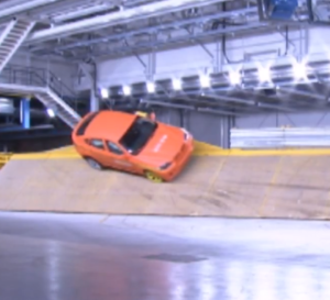 BMW X6 Rollover Crash Test (1)