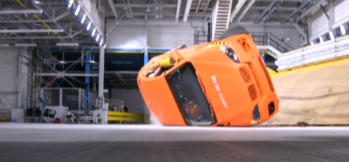 BMW X6 Rollover Crash Test – Video