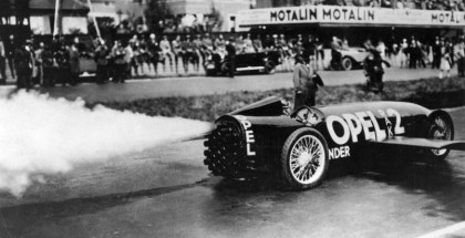 And he's off: Fritz von Opel ignites the first rocket in the rear of the RAK 2 via a pedal.