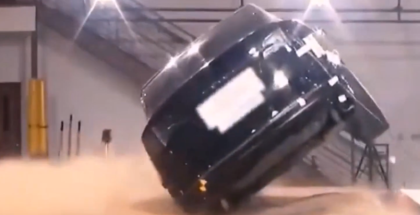 Tesla Model X Rollover Crash Test On Sand (1)