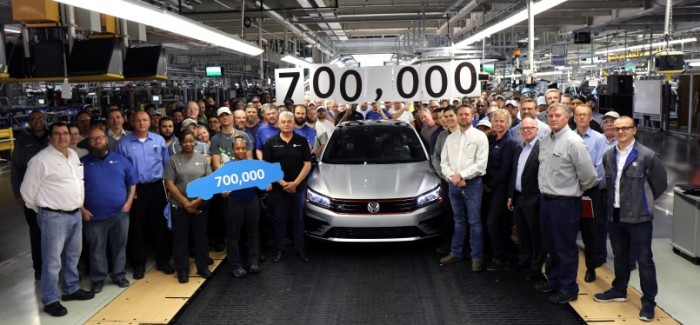 VW 700,000th Passat Build & It Is A Limited Edition GT – Video