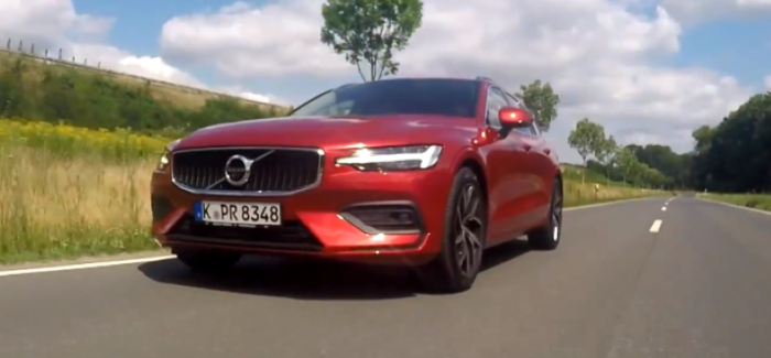 2019 Volvo V60 D4 Review – German – Video