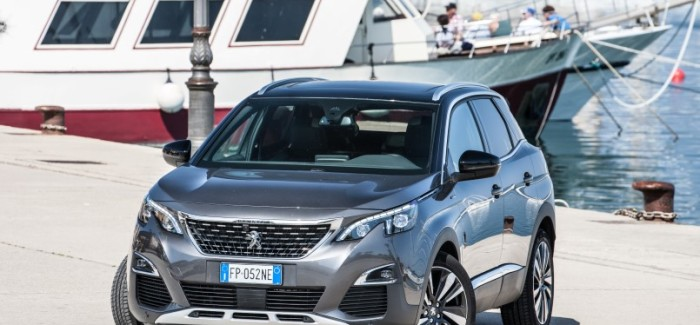 Peugeot 3008 GT Line & Peugeot 3008 In Italy – Video