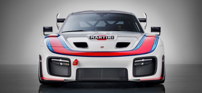Porsche 911 GT2 RS Reborn as 935 – Video