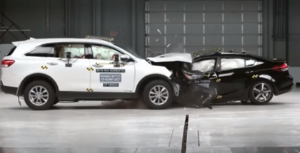 Small Car vs Big Car Crash Test